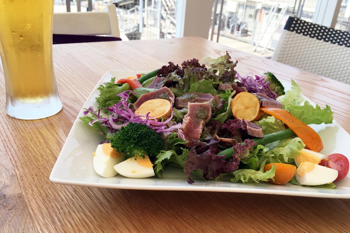 地魚のカルパッチョ 夏野菜とサルサヴェルダ